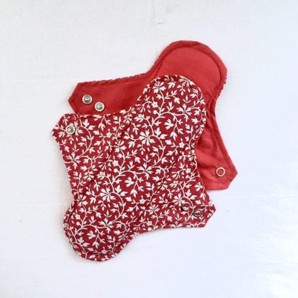 Serviettes hygiéniques réutilisables 2 gouttes Rouge à fleurs