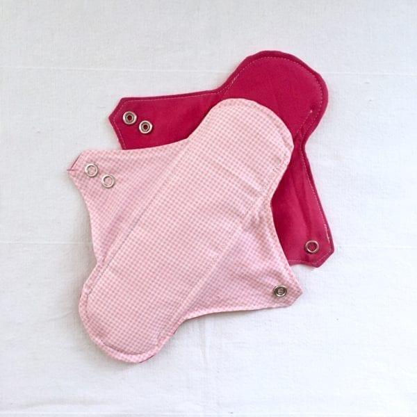 Serviettes hygiéniques lavables réutilisables Vichy rose