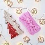 Emballage cadeau en tissus Furoshiki rose à pois blancs j