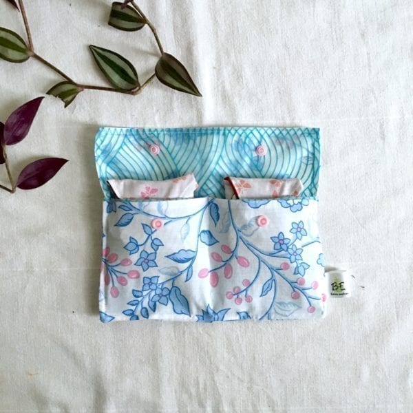 Pochette imperméable double rangement ouverte fleurs